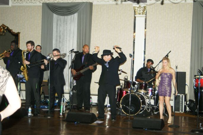 Party Band in action
