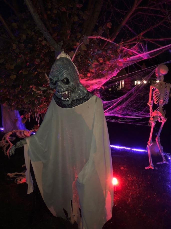 Anthony-Beyer-Halloween-6